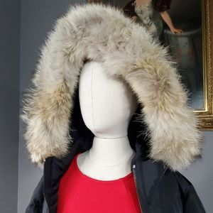 NWT! Women's Legacy Down Puffer Coat with Fur